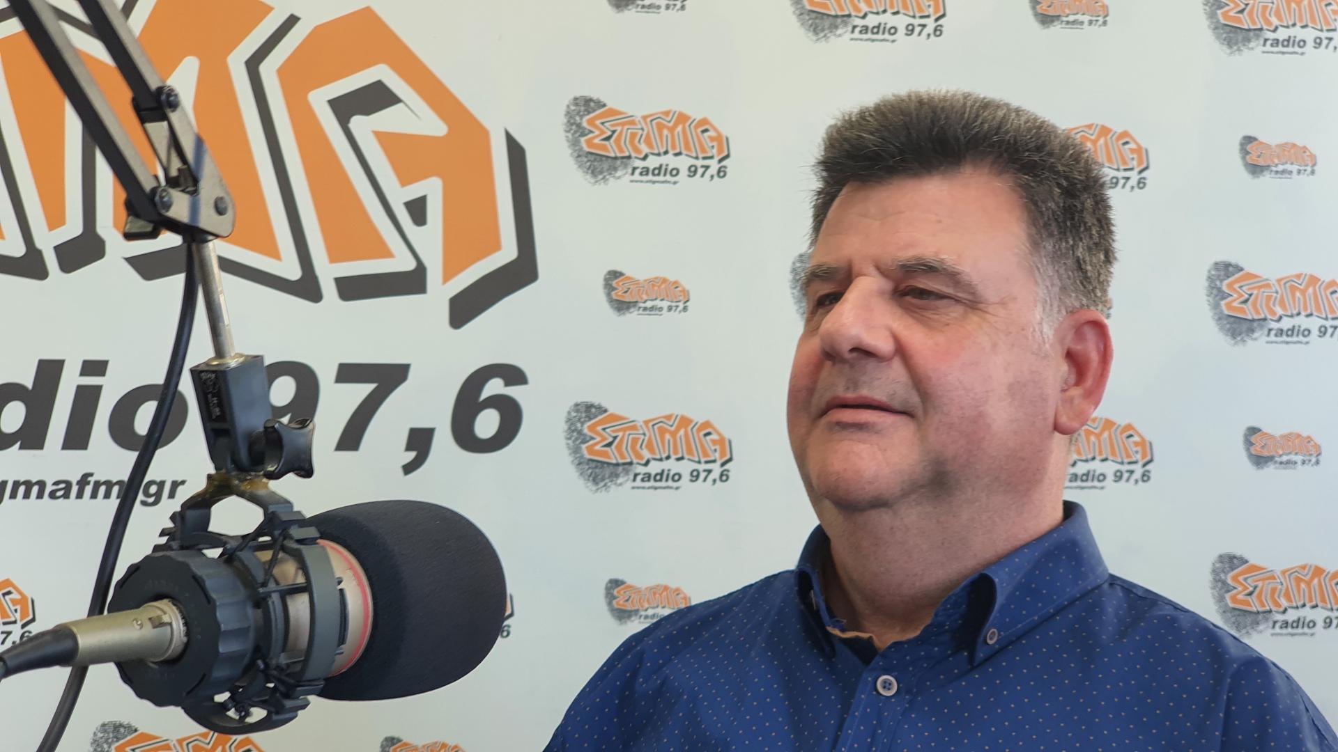 Ο κ. Αρετάκης είναι ένας πραγματικά έντιμος άνθρωπος αλλά δεν μπορεί να κατέχει και τις έντεκα θέσεις της ομάδας
